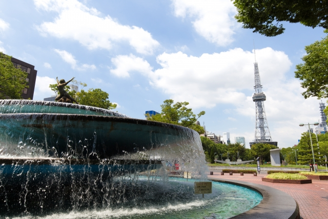 名古屋のテレビ塔と噴水