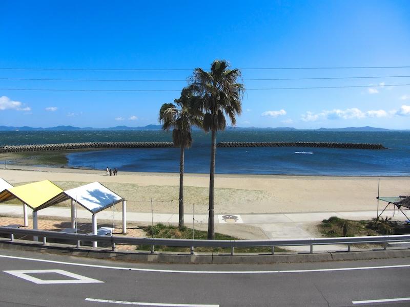 日間賀島の砂浜